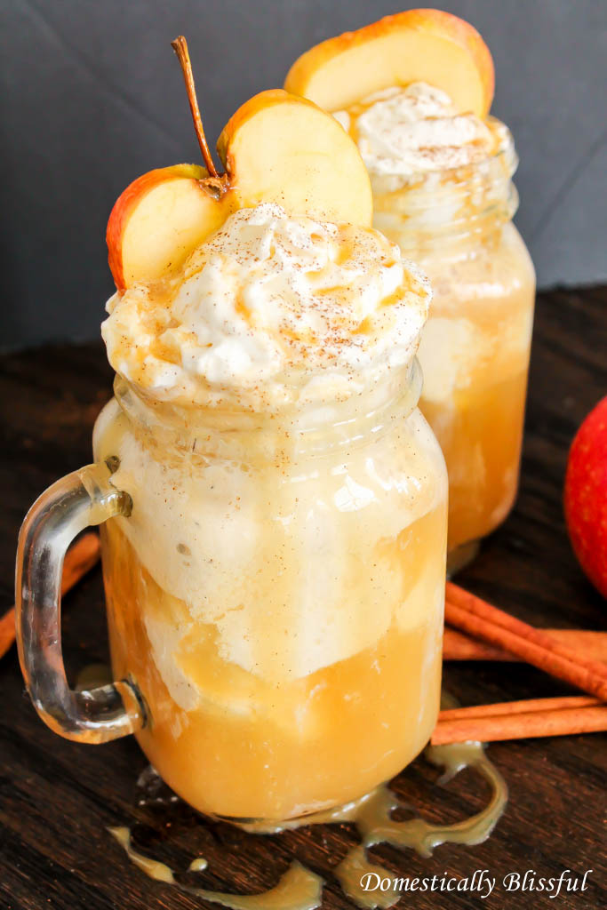 apple-cider-floats